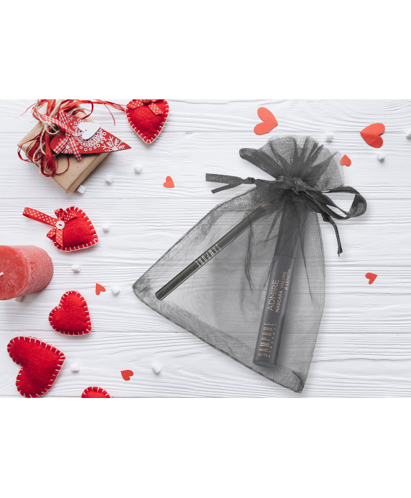 Valentine's Day Set Eyes